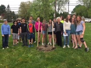 2017-2018 Grade 7 Tree Dedication